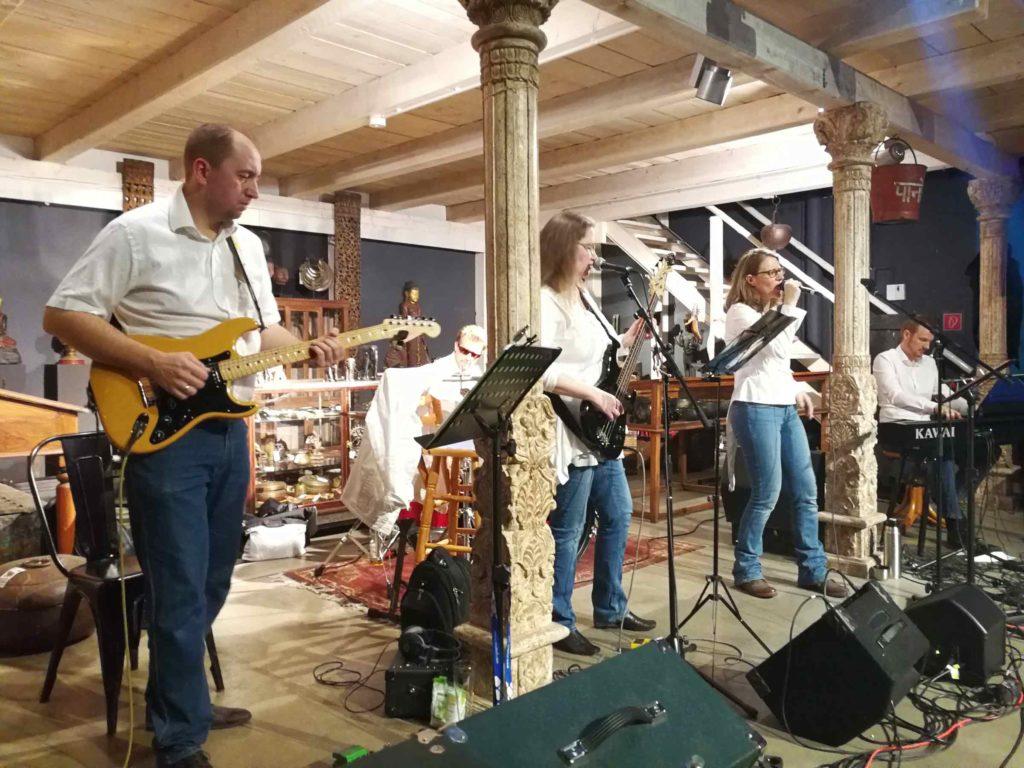 Eventconnect Möbeldepot Visotech Live Band